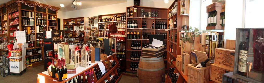 Ruime keuze aan sterke dranken, wijn, en relatiegeschenken